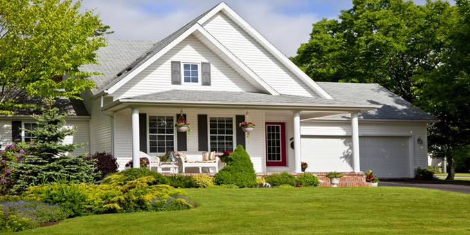 6 foolproof ways to save on homeowner's insurance